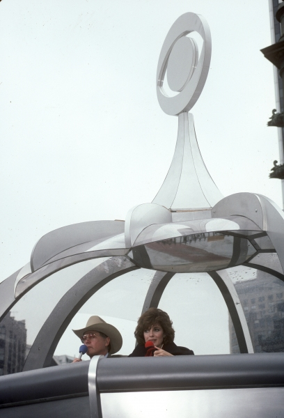 Linda Gray and Larry Hagman in the Macy's Thanksgiving Day Parade in 1983 in New York City.
