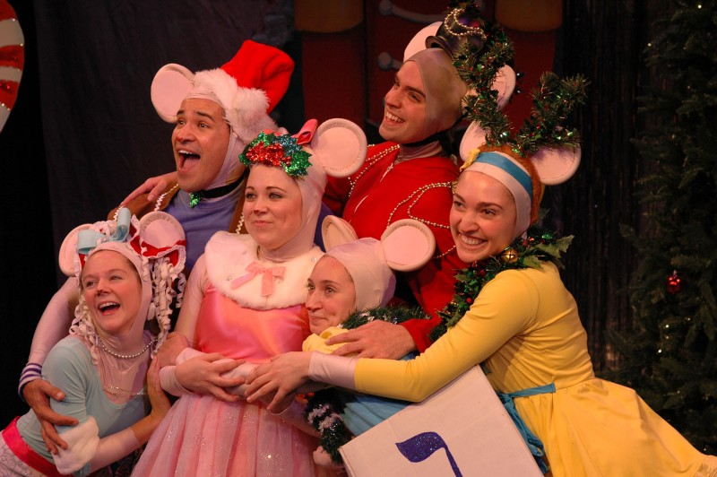 BWW JR: ANGELINA BALLERINA™ THE VERY MERRY HOLIDAY MUSICAL