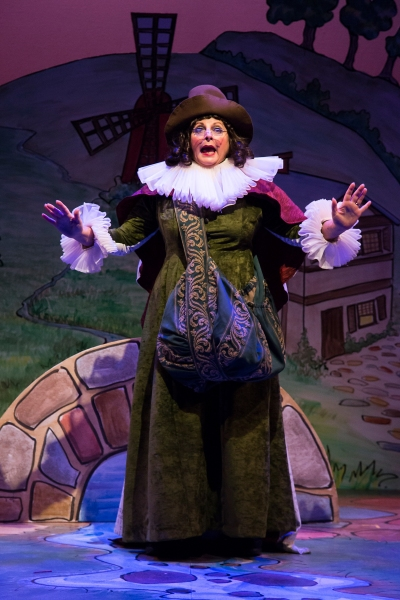 BWW Reviews: Stages' PANTO MOTHER GOOSE - A Big Golden Goose Egg of a Theatrical Treat