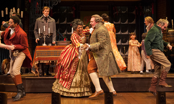 A CHRISTMAS CAROL at the Goodman Theatre: Classy Holiday Magic, Courtesy of Three Stars