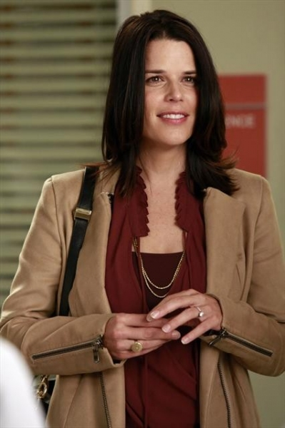 Photo Flash: First Look at Neve Campbell on GREY'S ANATOMY
