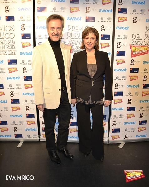 Carlos Hipolito y su esposa