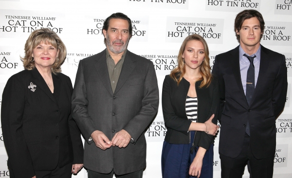 Debra Monk, Ciaran Hinds, Scarlett Johansson & Benjamin Walker at CAT ON A HOT TIN ROOF'S Benjamin Walker, Scarlett Johansson and More Meet the Press