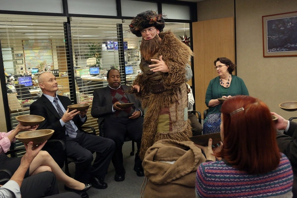 Photo Flash: First Look - THE OFFICE's Christmas Episode, Airing 12/6