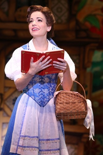 BWW Reviews: BEAUTY AND THE BEAST Proves 'A Tale As Old As Time'