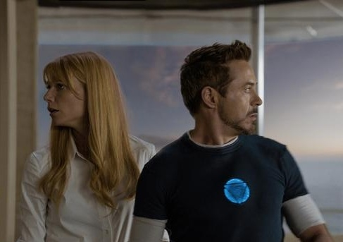 Gwyneth Paltrow,Robert Downey Jr at First Look - New Images from IRON MAN 3