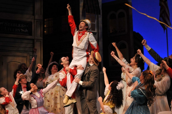 BWW Reviews: Majestic MUSIC MAN Marches into The Maltz Jupiter Theatre