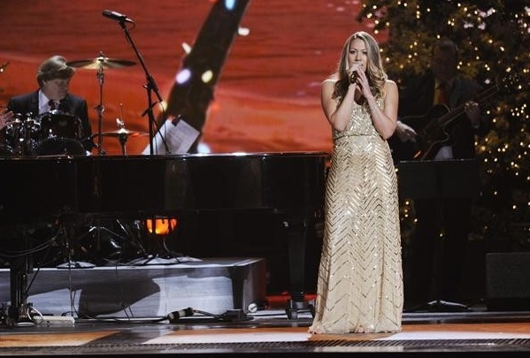 Photo Flash: First Look - McBride, Urban & More on ABC's CMA COUNTRY CHRISTMAS