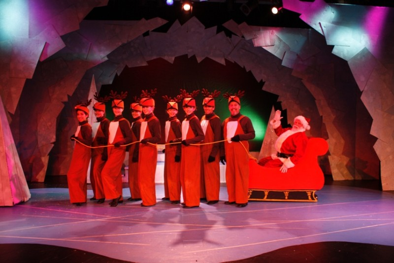 BWW Reviews: Growing Stage's RUDOLPH THE RED-NOSED REINDEER