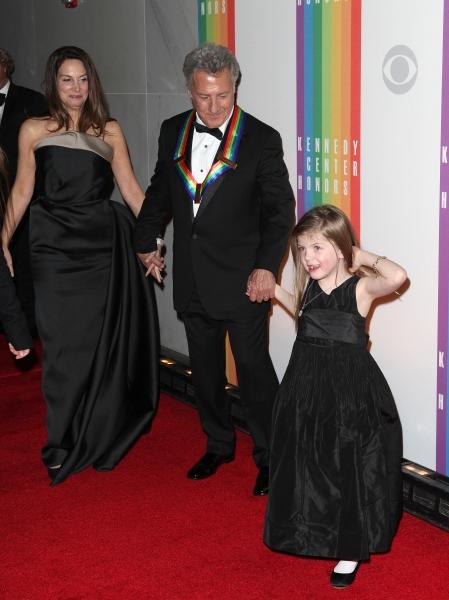 Lisa Gottsegen & Dustin Hoffman & Family