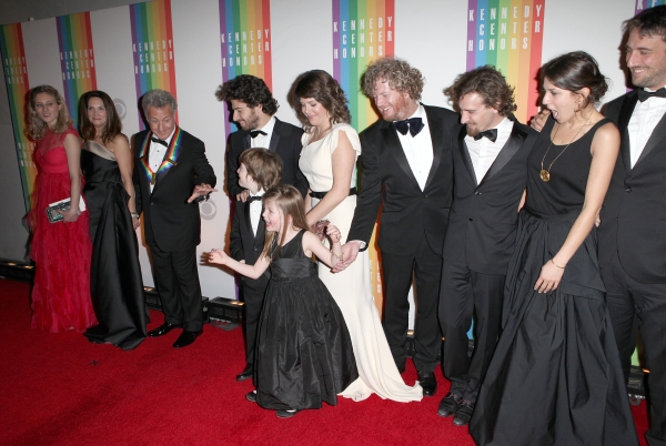 Lisa Gottsegen & Dustin Hoffman with Family