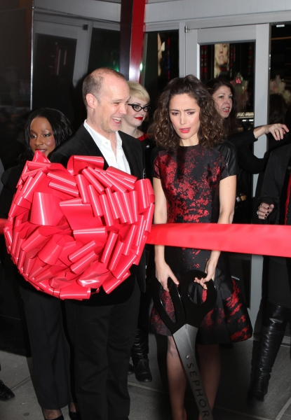 Photo Coverage: Rose Byrne Cuts Ribbon at Sephora Times Square