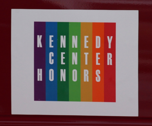 Photo Coverage Exclusive: At the Stage Door of the 35th Kennedy Center Honors