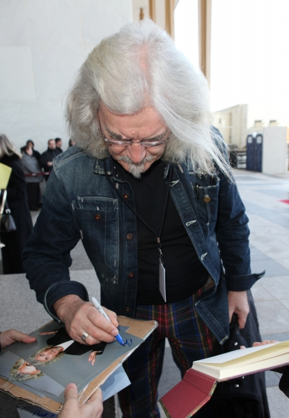 Billy Connolly & fans