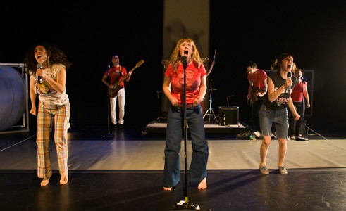 Photo Flash: Hand2Mouth Brings SOMETHING'S GOT AHOLD OF MY HEART to La MaMa, 1/10-20