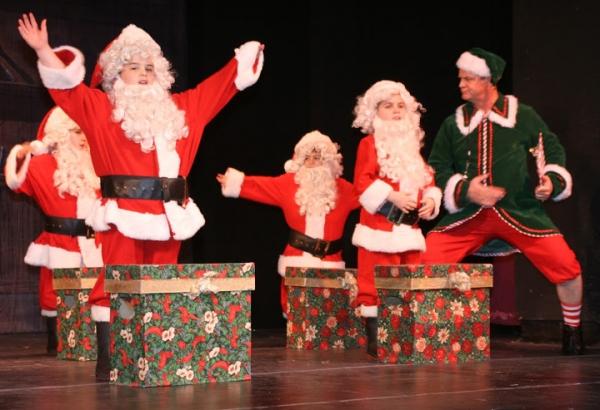 Rick Hilsabeck and Santas in training