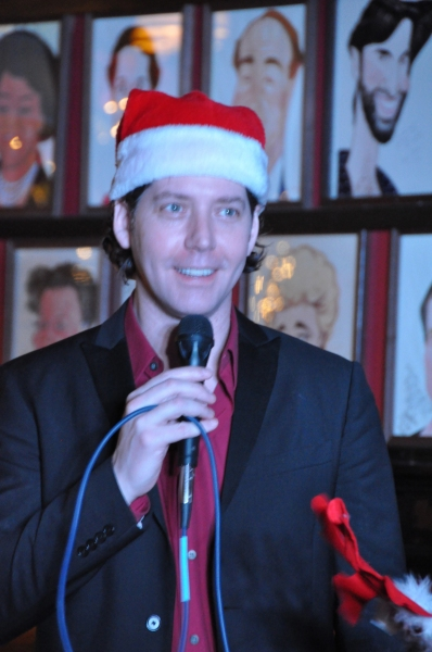 Photo Coverage: James Barbour Brings Holiday Concert to Sardi's