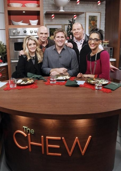 DAPHNE OZ, MICHAEL SYMON, CURTIS STONE, MARIO BATALI, CARLA HALL  at First Look - Chef Curtis Stone on THE CHEW, Airs 12/12