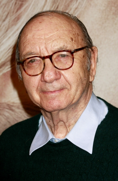 Neil Simon at On the Red Carpet at the LES MIS NYC Premiere- Anne Hathaway, Hugh Jackman & More!