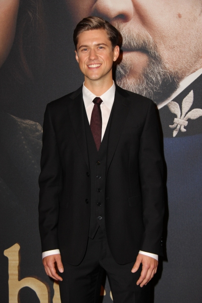 Aaron Tveit at On the Red Carpet at the LES MIS NYC Premiere- Anne Hathaway, Hugh Jackman & More!