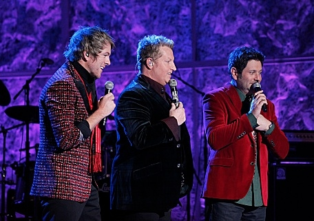 Photo Flash: First Look - Phillip Phillips & More on CBS's HOME FOR THE HOLIDAYS