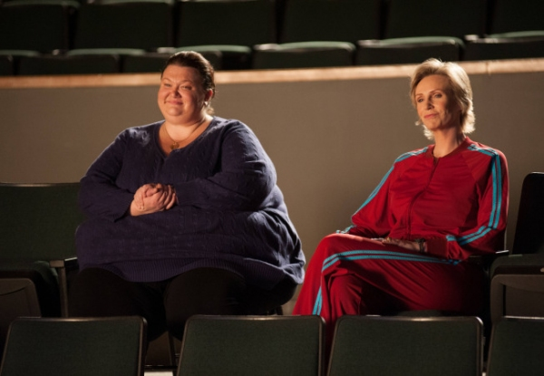 Photo Flash: First Look at GLEE's 'Glee Actually' Episode!