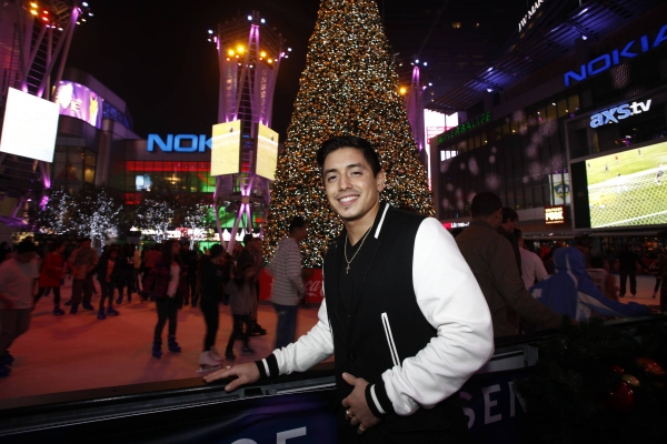 Photo Flash: AMERICAN IDOL's Stefano Langone at PADRES Contra El Cancer Bone Marrow Drive at L.A. LIVE
