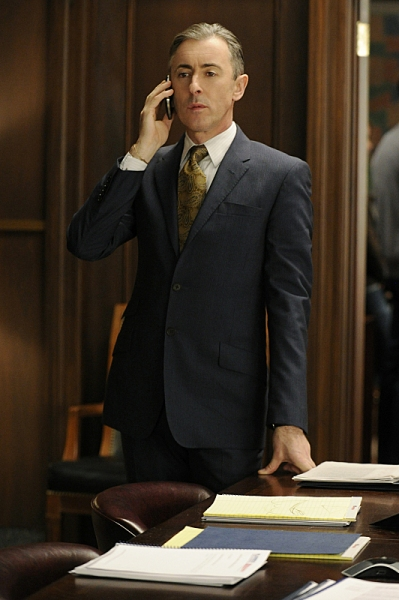 Alan Cumming at T.R. Knight Guests on THE GOOD WIFE, Airs 1/6