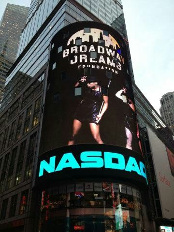 Photo Flash: Tony Vincent & Broadway Dream Foundation Ring NASDAQ Bell