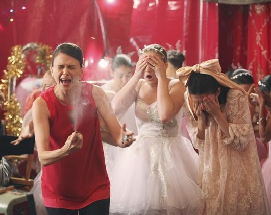 BWW Exclusive Interview: Sutton Foster Chats BUNHEADS, Working With 'Bro' Hunter Foster & Returning to Broadway