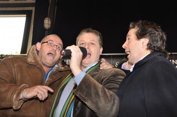 Photo Coverage: The Irish Tenors Visit Hurricane Sandy Victims in Breezy Point