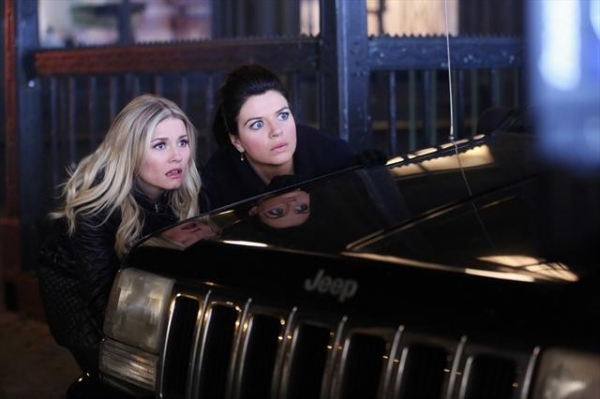 Photo Flash: HAPPY ENDINGS' 'Ordinary Extraordinary Love,' Airing 1/8