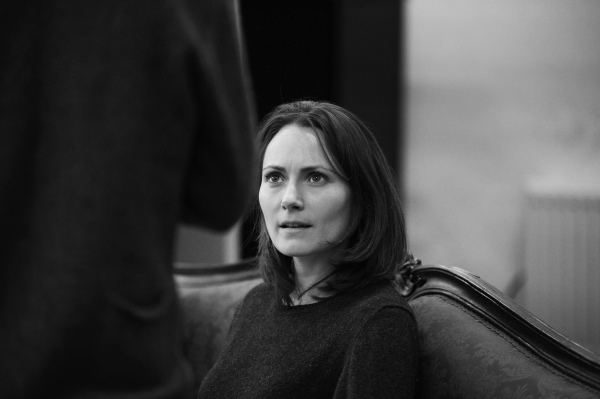 Photos: Sneak Peek at Rehearsals for THE TURN OF THE SCREW