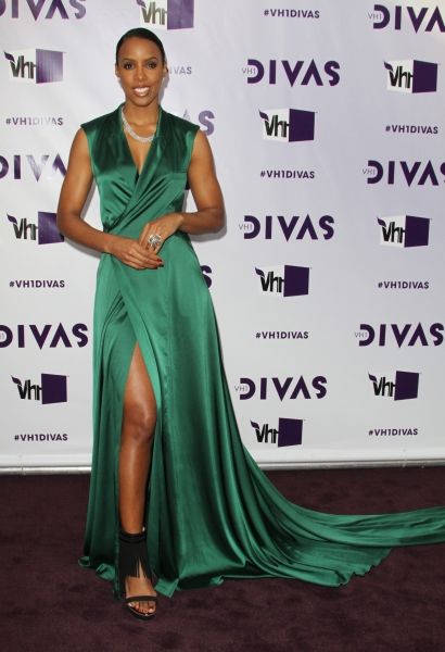 Photo Flash: On the Red Carpet at Last Night's VH1 DIVAS