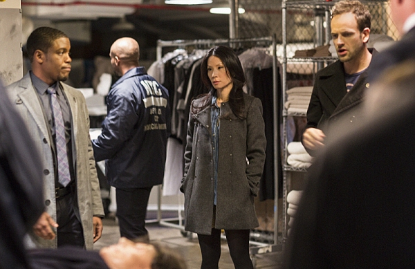 Photo Flash: First Look - ELEMENTARY's 'Dirty Laundry,' Airing 1/3