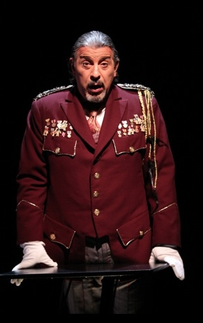 Photo Flash: First Look at Max McLean and Karen Eleanor Wight in THE SCREWTAPE LETTERS
