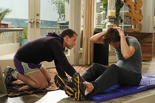 Jon Cryer, Ashton Kutcher at First Look - TWO AND A HALF MEN's 1/10 Episode