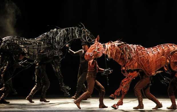 BWW Reviews: Unique Theatrical Experience in WAR HORSE Not to be Missed