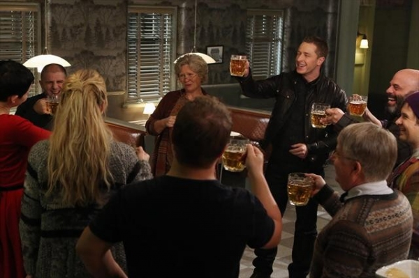 Photo Flash: First Look at ONCE UPON A TIME's Midseason Return!
