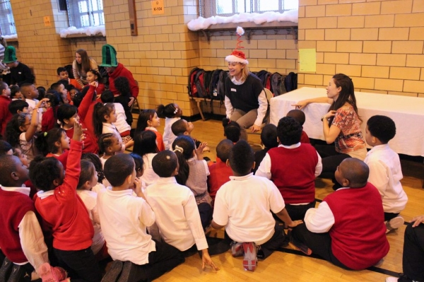 Photo Flash: Brooke Jackman Foundation Visits PS362