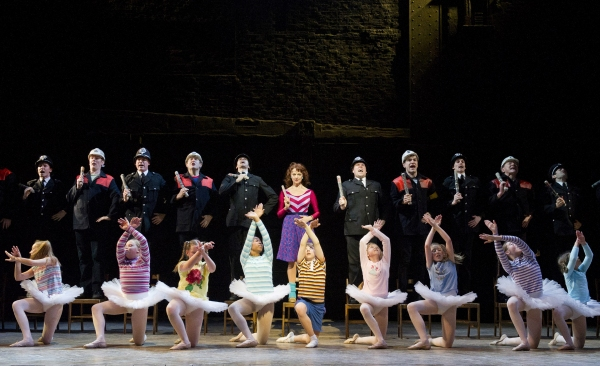 Photo Flash: First Look at BILLY ELLIOT THE MUSICAL - Full Christmas Schedule Announced!