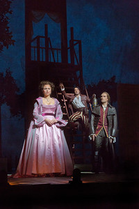BWW Reviews: BARBER OF SEVILLE Brings All Ages to the Met