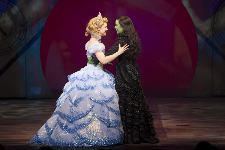 wicked elphaba and glinda relationship help