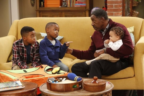 Photo Flash: GUYS WITH KIDS' 'Marny's Dad' Episode, Airs 1/9