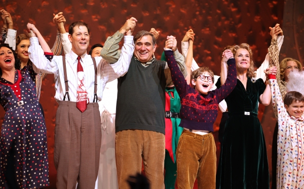 BWW Flashback: A CHRISTMAS STORY, THE MUSICAL! Closes on Broadway Today
