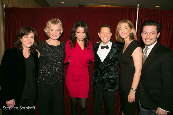Sally Field, Christine Ebersole, Dax Tegera, Michael Feinstein, Gloria Reuben, Chris Jansing