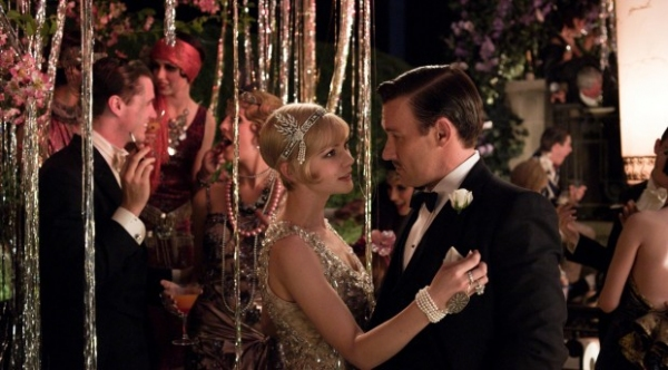 Photo Flash: New Stills of Carey Mulligan and Leonardo DiCaprio in THE GREAT GATSBY