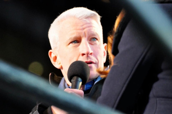 Anderson Cooper at MDQ, Psy, Jepsen at 2013 New Year's Eve in Times Square