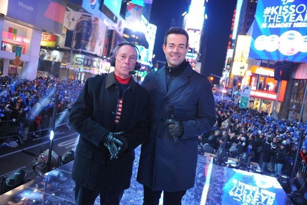 Mayor Michael Bloomberg, Carson Daly  at Train & More on NBC's NEW YEAR'S EVE WITH CARSON DALY