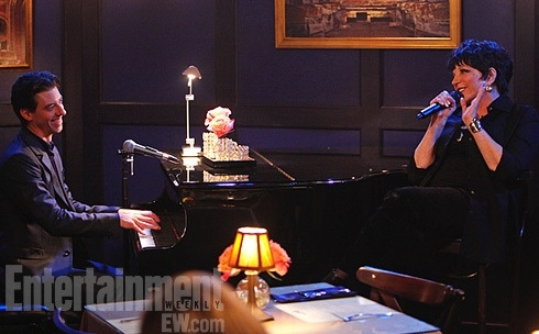 Photo Flash: First Look - Liza Minnelli on SMASH Season 2